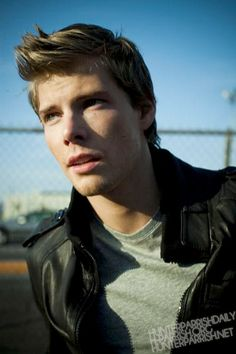 hunter parrish png