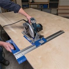 Woodworking is a job, for which one requires to work with precision and skill. Mistakes during woodworking may spoil the whole piece. In woodworking, there are some things, which should be done repeatedly. woodworking jigs are tools, Woodworking Jigsaw, Woodworking Guide, Easy Woodworking Projects, Popular Woodworking, Woodworking Furniture, Wood Projects, Welding Projects, Woodworking Books, Woodworking Magazine