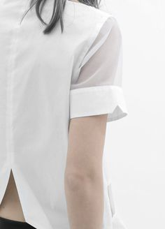 Silver blonde - Clever Shirts - Ideas of Clever Shirts - Silver blonde Simple Style, My Style, Silver Blonde, Minimal Fashion, Minimal Chic, Minimal Clothing, Fashion Details, Fashion Design, Women's Fashion