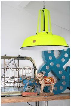 Cool neon HK lamp