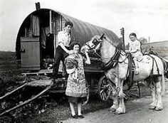 An exhibition celebrating the history and culture of Romany gipsies and Irish travellers is being staged in Bradford later this year. Gypsy Caravan, Gypsy Wagon, Old Photos, Vintage Photos, Gypsy Culture, Irish Culture, Gypsy Home, Gypsy Living, Vintage Gypsy