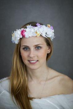 Wianek ślubny biały Loa, Bridal wreath