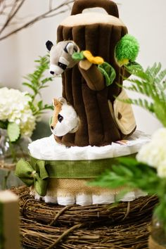 I put together a woodland themed baby shower for my aunt and uncle, who are expecting their first child in September. Finding the locat...