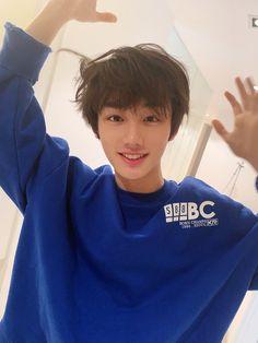 Korean Boys Hot, Korean Boys Ulzzang, Korean Babies, Ulzzang Boy, Korean Men, Ulzzang Couple, Korean Girl, Cute Asian Guys, Cute Guys