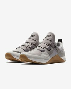 Beautiful Mens Nike Tech Trainer Atmosphere Grey/Vast Grey NEW Size 11 Fashion Mens shoes from top store Best Sneakers, Sneakers Fashion, Fashion Shoes, Shoes Sneakers, Men Fashion, Nike Tech, Sweatshirts Nike, Nike Trainer, Design Nike