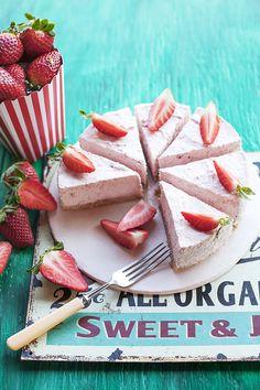Meglepetés Konyha és Rejtvény 2016/2. Camembert Cheese, Dairy, Cakes, Blog, Blogging, Pastries, Torte, Cookies, Animal Print Cakes