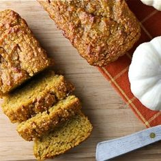 Gluten Free Pumpkin Bread - Spinach 4 Breakfast Use Almond flour not almond meal