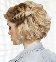 5 Glamorous Bob Hairstyles & Hairctus For Fine Hair Looking for some beautiful Glamorous Bob Hairstyles ideas? Well I have gathered 5 Glamorous Bob Hairstyles For Fine Hair, choose the best one Prom Hairstyles For Short Hair, Haircut For Thick Hair, Braids For Short Hair, Curly Bob Hairstyles, Short Curly Hair, Down Hairstyles, Short Hair Cuts, Straight Hairstyles, Sweet Hairstyles