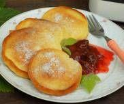 Pączki z patelni - PrzyslijPrzepis.pl Pancakes, Breakfast, Food, Morning Coffee, Essen, Pancake, Meals, Yemek, Eten