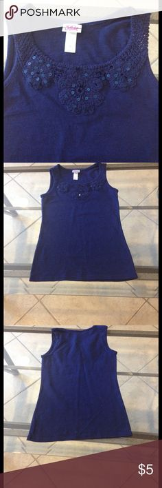 Size 8 Justice top good condition Size 8 Justice top good condition Justice Shirts & Tops