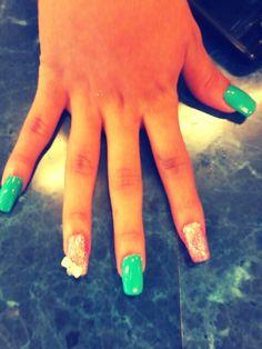 Uñas de acrilico con gel de color en 3D Hair Beauty, Engagement, Nails, Fashion, 3d Nails, Colors, Beauty, Finger Nails, Moda