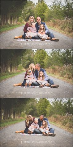 16 Ideas photography family kids sweets for 2019 Fall Family Portraits, Family Portrait Poses, Fall Family Pictures, Family Picture Poses, Family Photo Sessions, Family Posing, Mini Sessions, Family Photoshoot Ideas, Casual Family Photos