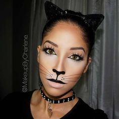 A Kitty Cat The First of many Halloween looks for this month! Brows: Dipbrow in Soft Brown. Contouring: Powder Contour Kit in Light to Medium. Liner: Tarteist Clay Paint Liner, applied w (maquillaje halloween gato) Chat Halloween, Cat Halloween Makeup, Halloween Looks, Cat Costume Makeup, Girl Halloween, Easy Halloween, Cat Costumes, Halloween Costumes, Cat Costume Kids