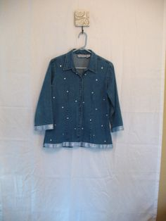 Vintage 80s-90s button down denim tunic top, blouse, with silver polka dots! Features button down, collar, quarter length sleeves, shiny silver