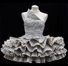 Ballerine dress by Kelly Murray l #paperdress
