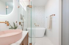 Gorgeous Pink Bathroom and Laundry Design Bad Inspiration, Bathroom Inspiration, Quirky Home Decor, Cheap Home Decor, Bathroom Renovations, Home Remodeling, Laundry Design, Cheap Bathrooms, Minimalist Home Interior