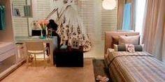 ห้องนอนเล็กๆ แต่งเป็นไม้ทั้งหมด เหมาะกับห้องสาวๆ วัยรุ่นสุดๆ Minimal Bedroom, Bed Room, Office Desk, Living Room Decor, Minimalism, Decoration, Furniture, Home Decor, Dormitory