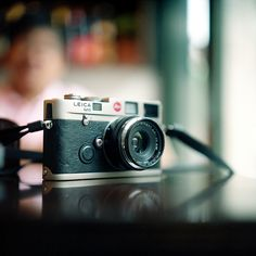 Beautiful Leica M6. One of these with a lux 50mm 0.95 is my dream camera. Even a summicron 35 f2 would be fine. Sigh.