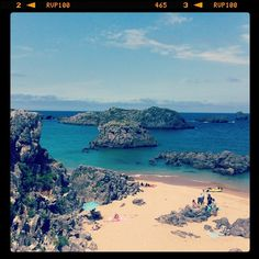 #playa Ris#Noja#cantabria#holiday #beach#sea#rocks#iphonephoto #ig_landscapes emojiemoji fantastic beaches in Cantabria