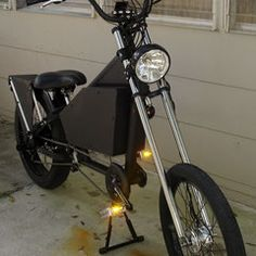 Photos of custom motorized bicycles.See OCC Schwinn Stingray choppers we've motorized.Also rat rods & cruisers, e-bikes or ones with gas and electric motors. Gas And Electric, Electric Motor, Bike Chopper, Gas Powered Bicycle, Banana Seat Bike, Bicycles For Sale, Motorised Bike, Motorized Bicycle, Photo Galleries