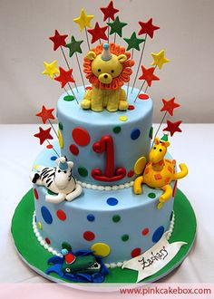 1st Birthday Animal Cake by Pink Cake Box in Denville, NJ.  More photos at http://blog.pinkcakebox.com/1st-birthday-animal-cake-2008-11-16.htm  #cakes