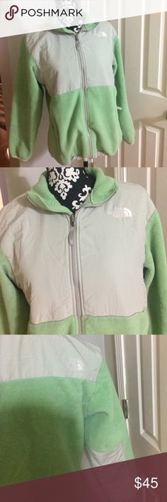 The North Face girls jacket Nice jacket,girls ,size XL,100% polyester The North Face Jackets & Coats