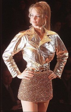 Claudia Schiffer for Gianni Versace Couture 1994