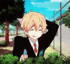 Hazuki Nagisa: the king of cockblock. Anime Gifs, Anime W, Kawaii Anime, Cute Anime Boy, Anime Love, Nagisa, Otaku, Tamako Love Story, Free Eternal Summer