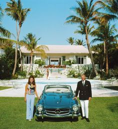 For Sale on - 'The Fullers' Palm Beach 1970 (Estate Stamped Edition), C Print by Slim Aarons. Offered by Galerie Prints.