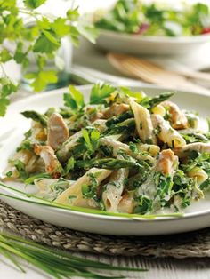 Chicken, asparagus and herb pasta