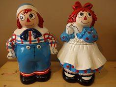 Vintage Raggedy Ann & Andy Cookie jar
