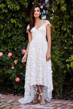 Tadashi Shoji Bridal Fall 2018 Fashion Show Collection