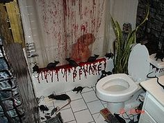 lol love it you see so little halloween bathroom decorations out there - Bloody Halloween Decorations