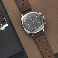 bs-w-292-heuer-camaro-red-brown-07-lr