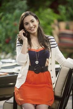 Picture: Molly Ephraim in 'Last Man Standing.' Pic is in a photo gallery for Molly Ephraim featuring 7 pictures. Molly Ephraim Hot, Molly Ephraim Bikini, Mandy Last Man Standing, Sunday Clothes, Lucky Ladies, Tim Allen, Celebs, Celebrities, Woman Crush