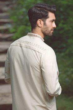 Riwaj Men's Wear is Pakistan leading Men's Kurta design and Dress Design brand known for its finest fabric quality and traditional outfits. Mens Shalwar Kameez, Gents Kurta, Kurta Patterns, Men Fashion, Fashion Outfits, Kurta Style, Mens Kurta Designs, Mens Designer Shirts, Photography Poses For Men