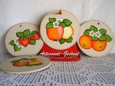 Peças em mdf - Descanso de panelas - 4 bolachas/ 1 suporte - pintura decorativa frutas R$ 52,00