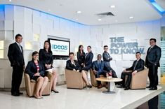 Singapore-corporate-editorial-group-photography-02