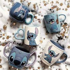 Disney Cups, Disney Frozen, Disney Art, Recipe For Christmas Ornaments, Vanellope Y Ralph, Lelo And Stitch, Disney Souvenirs, Cute Stitch, Cute Disney Drawings