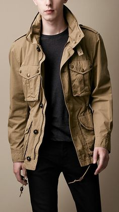 Burberry Brit Heritage Cotton Field Jacket is ~j Rugged Style, Military Fashion, Mens Fashion, Guys Fashion Trends, Fashion Updates, Stylish Men, Men Casual, Moda Formal, Safari Jacket
