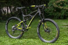 View Vital MTB member FlamingBacon's mountain bike check 'Ibis Mojo HDR - Black & Yellow...'.