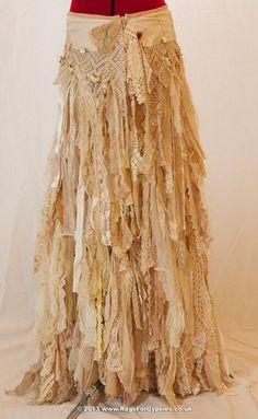 Gypsy Esmeralda Ragged Tattered boho Long by RagsForGypsies. Hippie Style, Gypsy Style, Boho Gypsy, Bohemian Style, Boho Chic, My Style, Bohemian Skirt, Girl Style, Trend Fashion