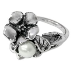 Trollbeads Hawthorn with Pearl Ring  pearl  flower  nature  silver  ring   d5f590ec6caa2