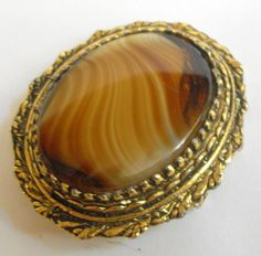 Large vintage goldtone and agate brooch #10607