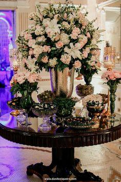 100 Large Vases Ideas Flower Arrangements Floral Arrangements Hotel Flowers