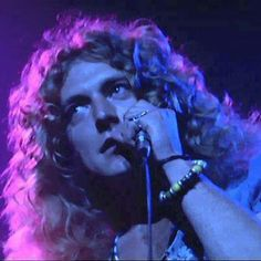 Robert Plant....one of the greatest singer of all time!