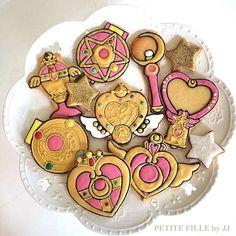 sailor moon cookies