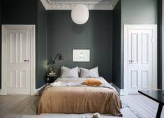 60 trendy bedroom dresser scandinavian home Bedroom Furniture Design, Bed Decor, Beautiful Bedrooms, Interior, Elegant Homes, Wall Decor Bedroom, Bedroom Interior, House Interior, Apartment Style