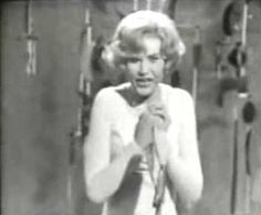 "Eurovision Song Contest 1966 - Michèle Torr - ""Ce soir je t´attendais"" - Luxembourg - 7 points - 10th place"