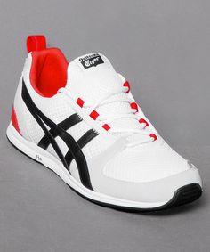 Neu bei Numelo: der Onitsuka Tiger Ult-Racer in stylischem White/Black - www.numelo.com/onitsuka-tiger-ultracer-p-24499124.html #onitsukatiger #ultracer #laufschuhe #sneaker #numelo
